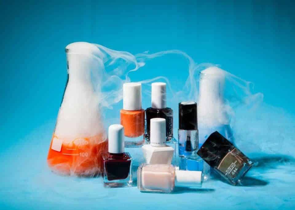 کربنات کلسیم در محصولات آرایشی